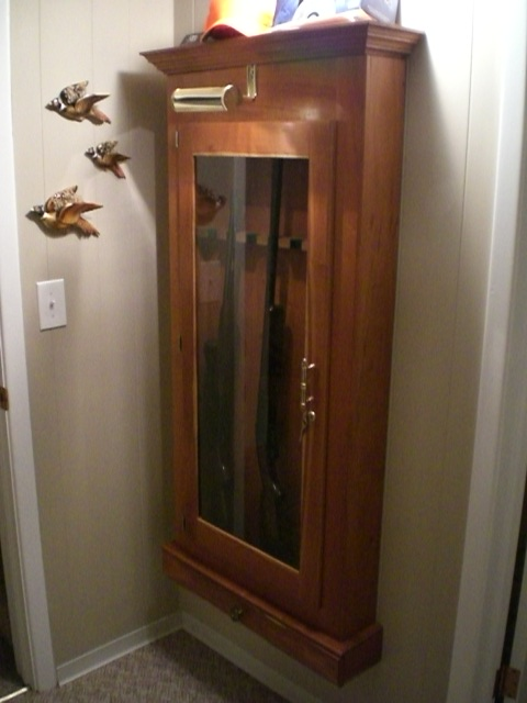 wall gun cabinet woodworking plans
