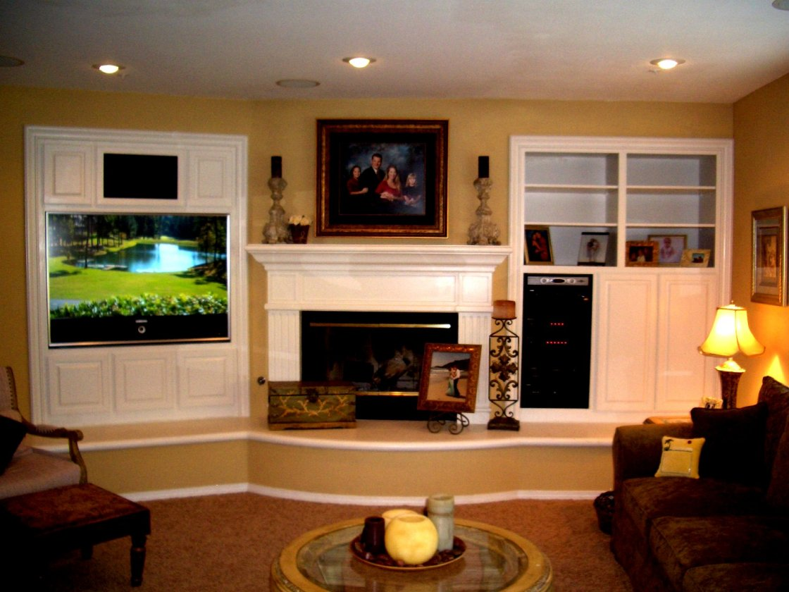 Living Rooms with Entertainment Centers