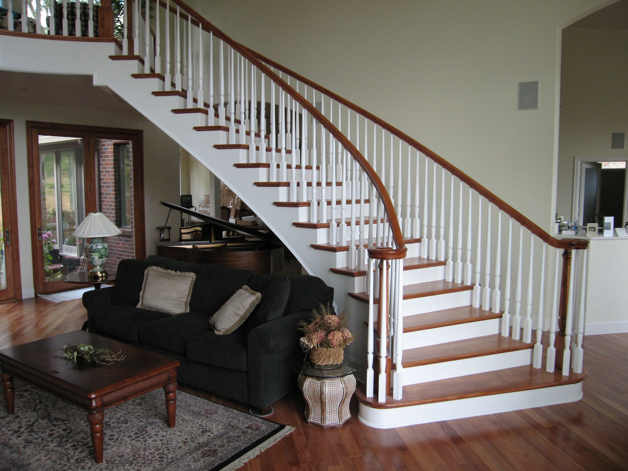 High Quality Free Standing Staircase