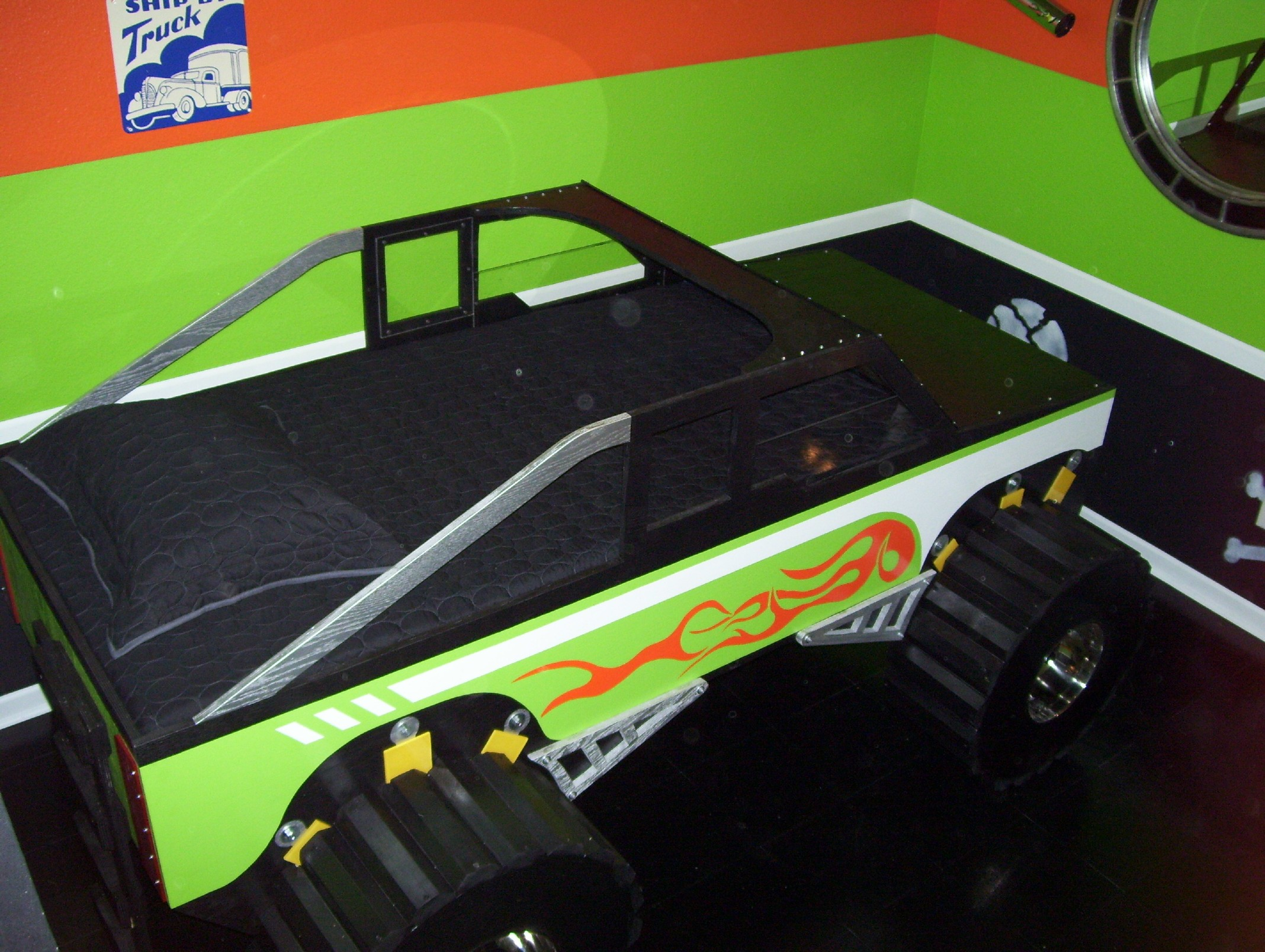 Skull Krusher Monster Truck Bed