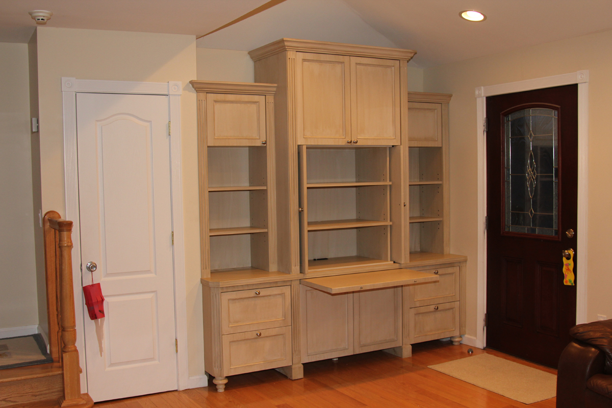 Built in wall unit home office for Built in wall units