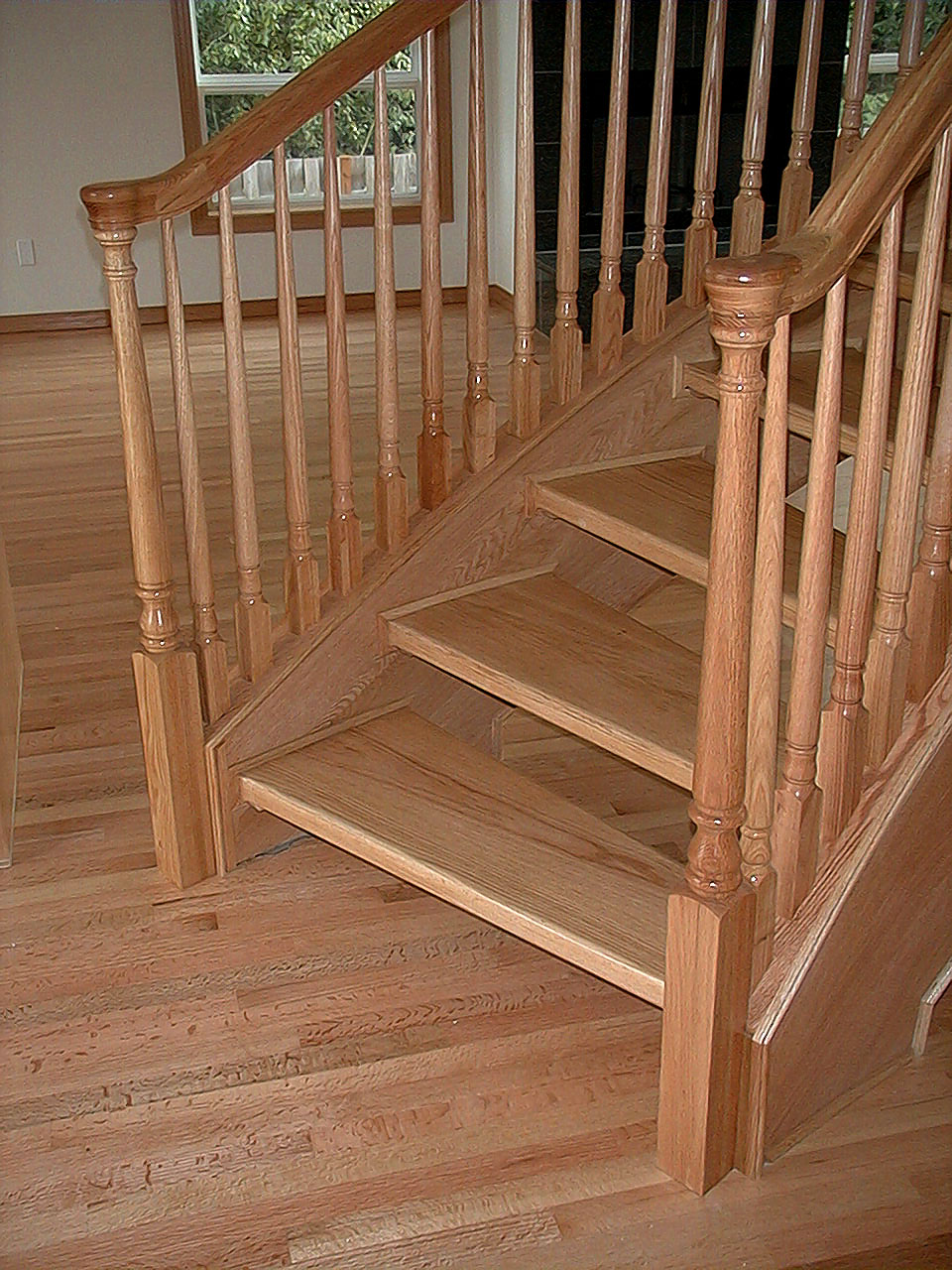 Freestanding Red Oak Staircase
