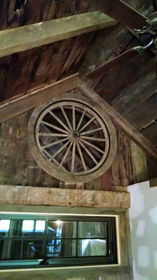 Wagon Wheel Window