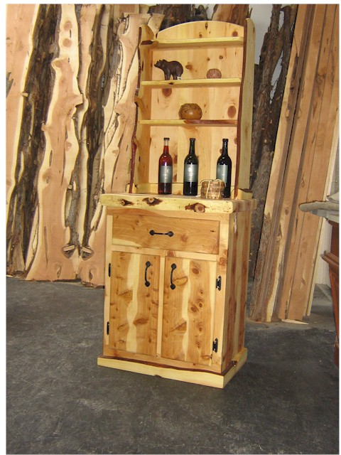 Attirant Juniper Wood Furniture