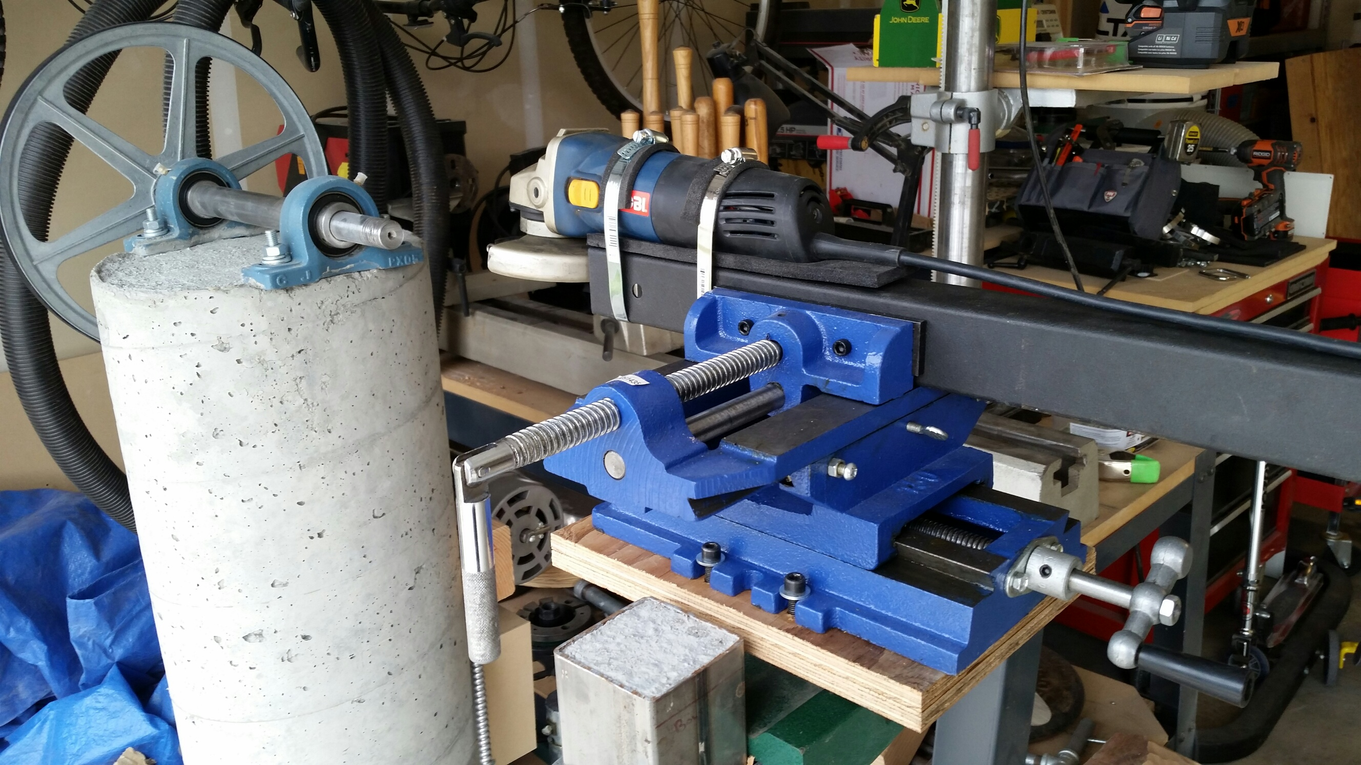 Homemade headstock lathe