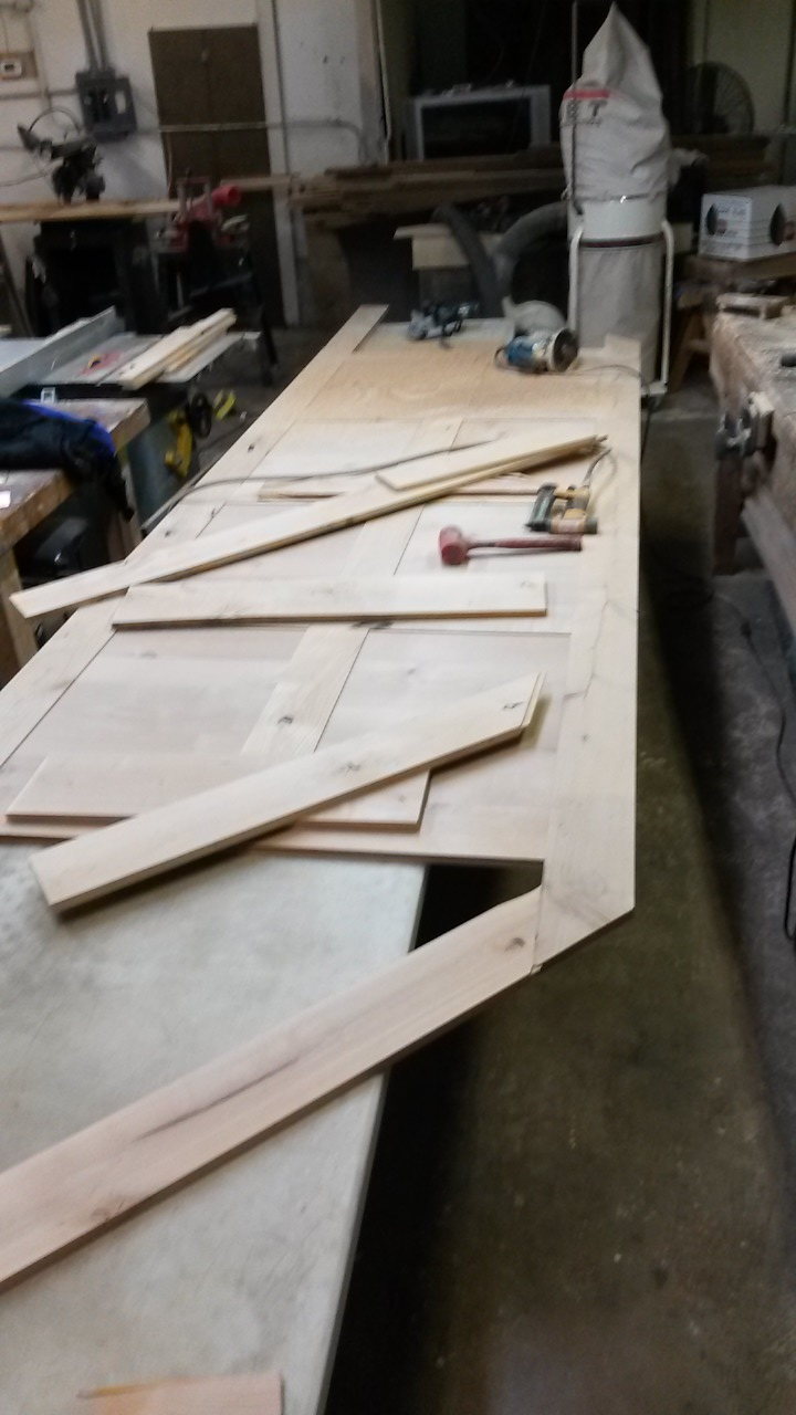how to build wainscoting panels