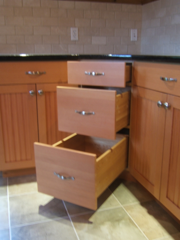 Share for Bottom corner kitchen cabinets