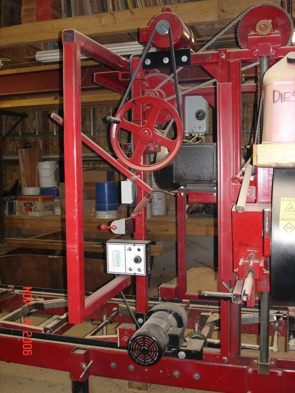 Power Feed Versus Manually-Operated Mill