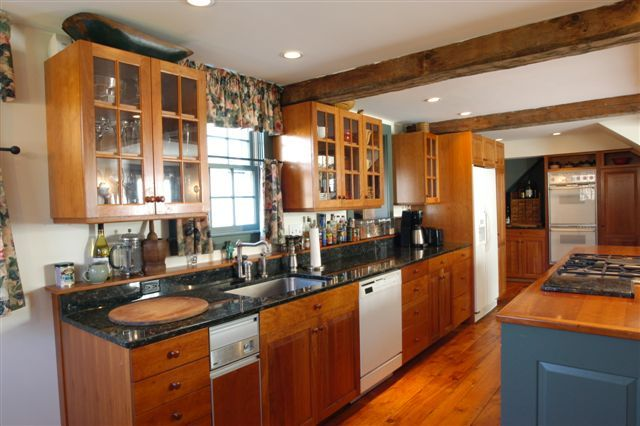 To contributor L: That is fantastic - nice looking kitchen you did there. I  like the look of 16