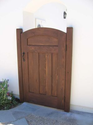 Wooden gate designs for homes