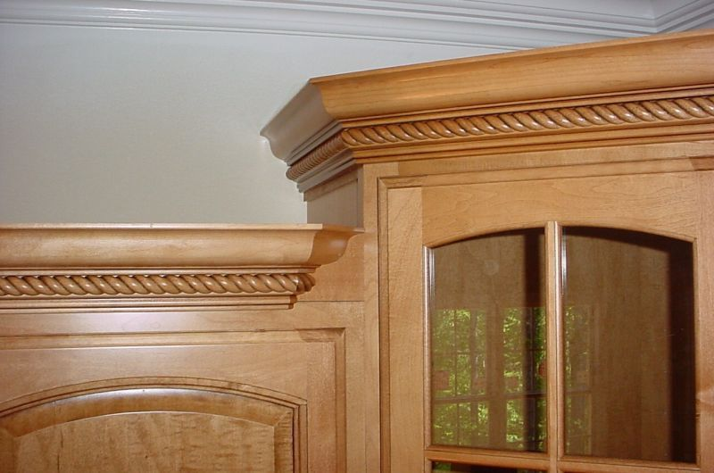 Corner Cabinet Diions and Crown Moulding Transitions on tables for corners, wall decoration for corners, interior decorating for corners, bathroom vanities for corners, window treatments for corners, kitchen cabinets for corners, chandeliers for corners,