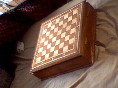making checkerboard veneer