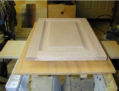 Set-ups for spraying cabinet doors