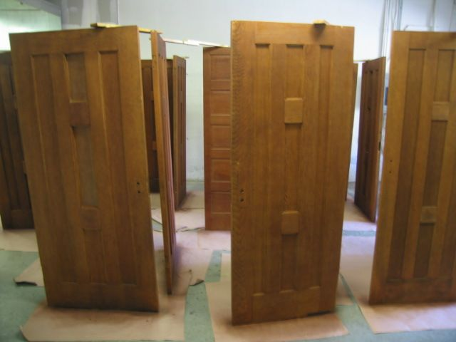 Click here for higher quality full size image & supporting_doors_for_spray_finishing.JPG
